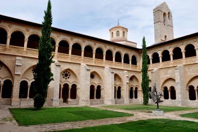 La Fundación Santa María la Real, presente en varios encuentros editoriales y turísticos